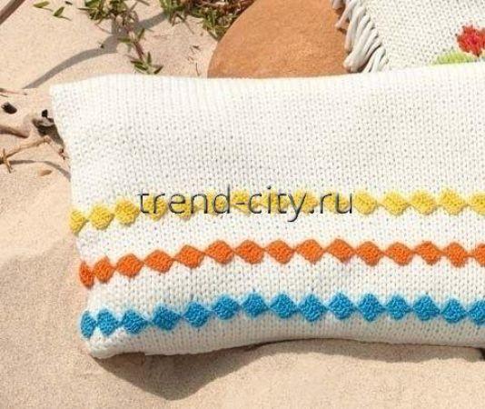 Чехол спицами на подушку с вязаной тесьмой