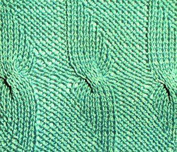 Рельефный узор спицами крылья бабочки