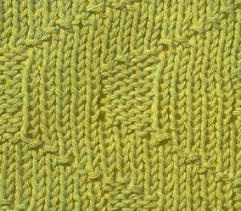 Рельефный узор спицами стрелки