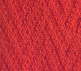 Рельефный узор спицами зигзаг с путанкой