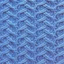 Рельефный узор спицами лесенка