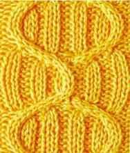 Рельефный узор спицами змейки