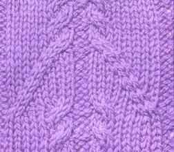 Рельефный узор спицами косы с переплетением