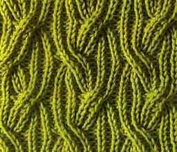 Рельефный узор спицами косы резинкой