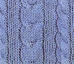 Рельефный узор спицами елочки